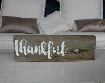Reclaimed wood sign: thankful - Home Decor