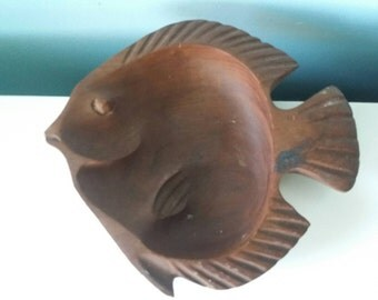 Wooden fish shaped bowl retro