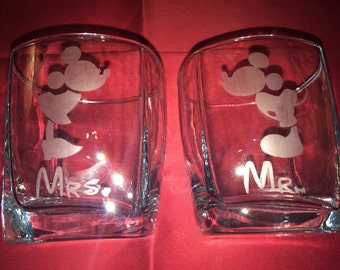 Customizable Mrs and Mr Mouse Rocks Glass