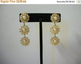 ON SALE Vintage Sarah Coventry Gold Tone Faux Pearl Filigree Earrings 960