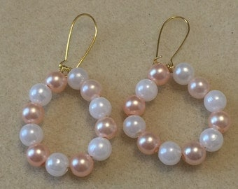 Peach and white circular earrings