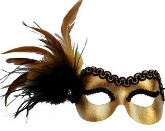 Mandy Gold Masquerade Mask - U140