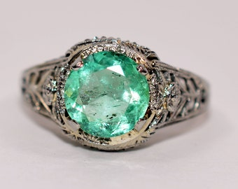 20% OFF SALE!! Intricate Art Deco 2.25ct Colombian Emerald 18kt White Gold Ring
