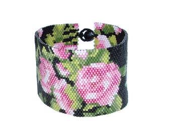 Peyote Bracelet with roses