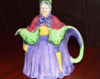 Vintage Little Old Lady Teapot