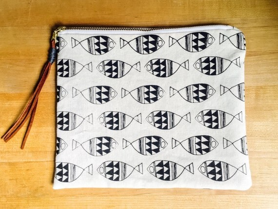 Geometric Fish Clutch