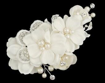 Floral Bridal Headpiece, Bridal Comb, Flower Comb, Pearl and Flower Comb, Wedding Flower Comb