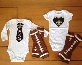 Go New Orleans Saints! Baby Bodysuit set for little Saints fan. Saints baby boy, saints baby girl. Baby shower gift idea.