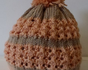 Hand knitted beanie - adult