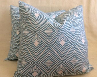 Diamond Pattern Designer Pillow Cover Set - Turquoise/ White