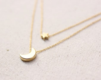 Moon Star Necklace / Gold Moon Star Layering Necklace / Dainty Moon Star / Birthday, Bridesmaid Gift Idea