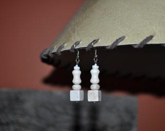 Whimsical Cream Earrings - 024