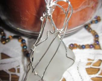 White Ocean Glass,Pendant,Pendants,Wire Pendant,Wrapped Pendant,Jewelry,Handmade,Pendant Necklace for Women
