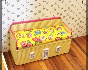 1:12 Dollhouse Miniature Girl's Bedroom Toy Box Kit / Miniature furniture / Dollhouse furniture  FS437