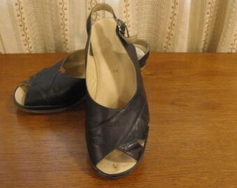 "Vintage Black Slingback, T-strap Sandals, Cork Sandals 2 1/2 ""Heels, Open Toe, Comfortable Retro Granny Style, Elegant Slingback by Fulvia"