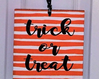 Trick or Treat Reversible Sign