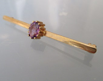 Purple Amethyst Bar Brooch 9ct Gold Vintage Hallmarked 375 UK