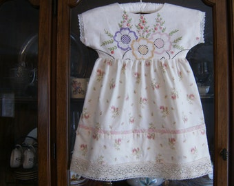 Size 3T Girl's Dress, Embroidered Dress 3T, 3T Pillowcase Dress, 3T Upcycled Dress, Vintage Dress 3T, Pink Floral Print 3T Dress