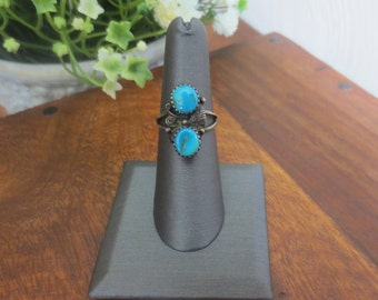 Amazing Vintage Native American Sterling Silver Turquoise Ring