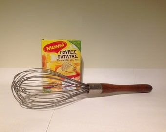Large Vintage Wire Whisk - Antique Handle Whisk