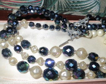 Vintage 1950s 3 strand carnival glass & fx pearl necklace
