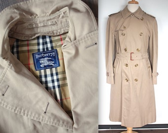 Vintage Burberrys Trench Coat // Designer Tan Rain Jacket // Double Breasted Belted Trench with Belted Collar // Duster Jacket //DIVINE