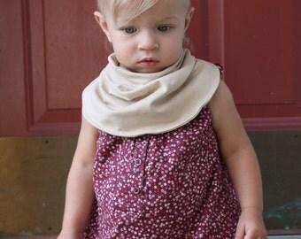 Baby infiniti scarf bib Tan