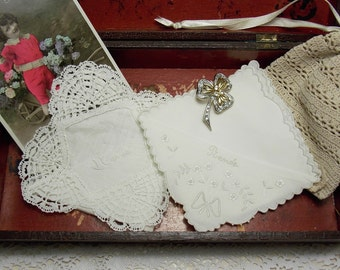 2 adorable little old white handkerchiefs in linen with embroideries and lace