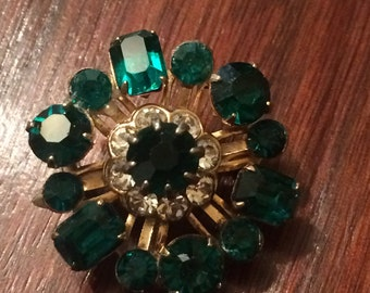 Beautiful small emerald green brooch