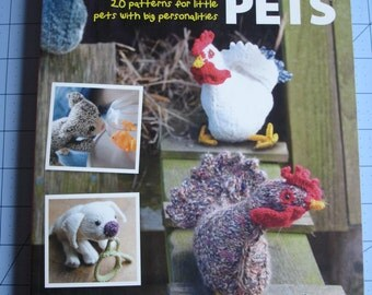 Knit & Purl Pets by Claire Garland 20 patterns for little pets with big personalities Amigurumi book