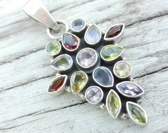 Pendant in Silver 925 and gemstones Gems bouquet