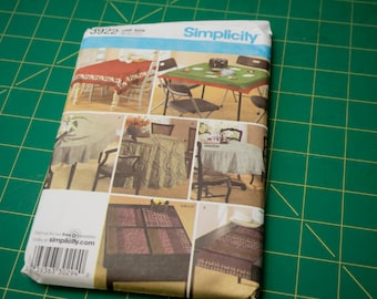 Simplicity House Decor Table Accessories Pattern 3922 one size tablecloth
