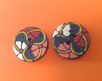 Vintage Hand Painted Wood Buttons. Flowers.