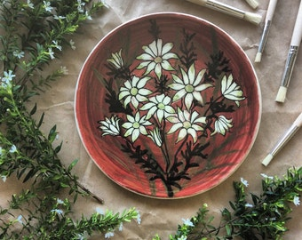 Martin Boyd Australia / Flannel flower design/ Wall plate/ Highly collectable