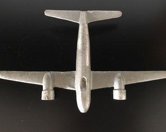 Metal rudimental airplane model - collectible