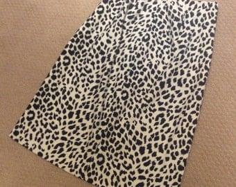Vintage J. McLaughlin Snow Leopard Skirt: Size 2
