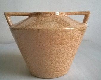 Vase art deco style