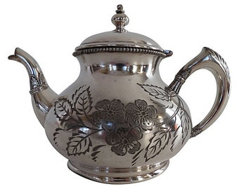 Vintage Silverplate Melon-Shaped Engraved Teapot, Vintage Silver Teapot