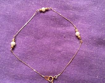 Vintage 1970's 14k gold baby bracelet w/ cultured pearls