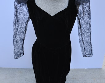 Vintage 1980s Fabulous Holiday  Velvet Dress   Plus Size  -  Size 18