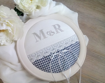 Wedding ring cushions during personalized country house