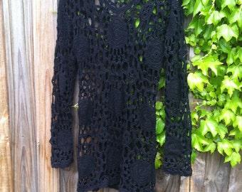 Vintage 60-70s mandala crochet knit shift dress