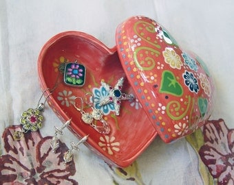 Hand-Painted Red Heart Ceramic Jewelry Box A