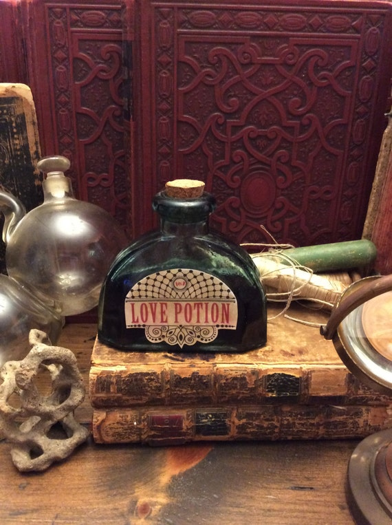Love Potion #9, Potion Bottle, Witch's Pantry, Halloween Prop (0052)
