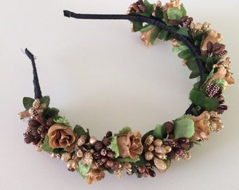 Hoop, a wreath of flowers, hair accessories