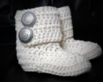 Baby booties size 0-18 months