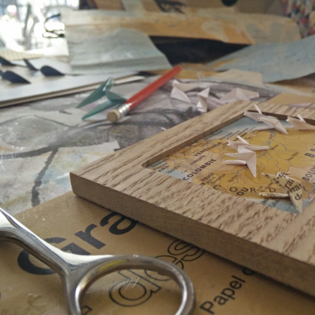 cadres bois origami colibri fait main id e cadeau naissance. Black Bedroom Furniture Sets. Home Design Ideas