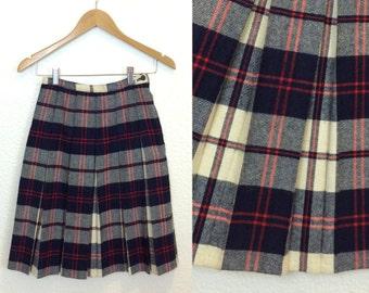 60s Pleated Wool Skirt - Navy Red & Cream Plaid - Schoolgirl Skirt - 24W XS