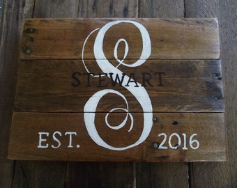 Family Last Name sign | Family monogram sign | Pallet name sign | Wedding gift | Bridal shower gift | Anniversary gift | Rustic name sign