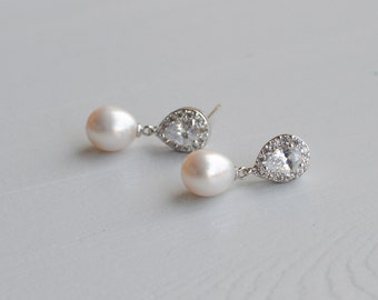 Freshwater Pearl Earrings, Bridal Pearl Earrings, Pearl Wedding Earrings, Natural Pearl Earrings, Bridal Jewelry, Wedding Accessories